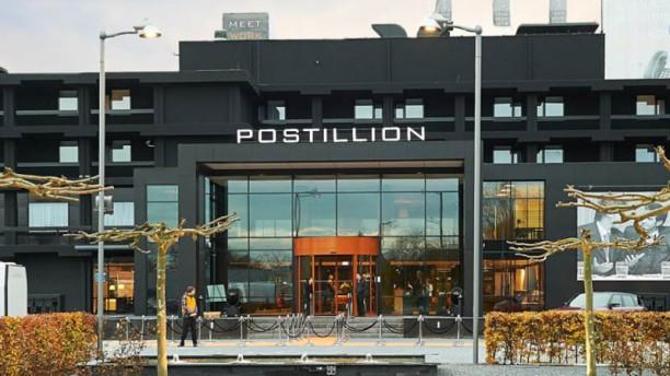 Hotel Postillion Dordrecht Ingang