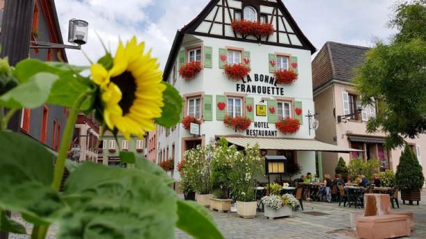 Hôtel Restaurant La Bonne Franquette Façade et terrasse