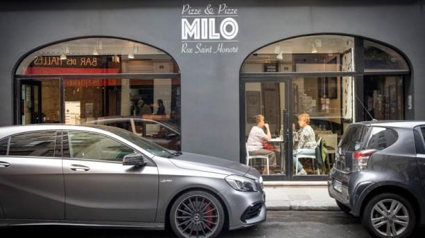 Milo apreçu de la façade