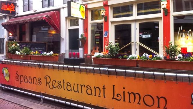 Terras - Limon, Den Haag