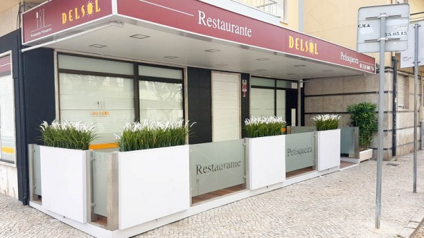 Delsol Restaurante Petisqueira Fachada
