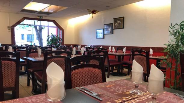Pacifique 3 Salle du restaurant