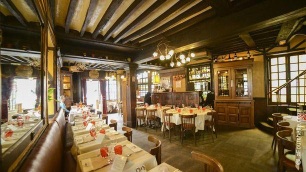 Le basilic in paris restaurant reviews menu and prices for Le miroir restaurant montmartre