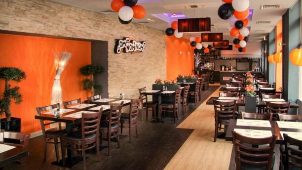 Omnomnom Restaurant