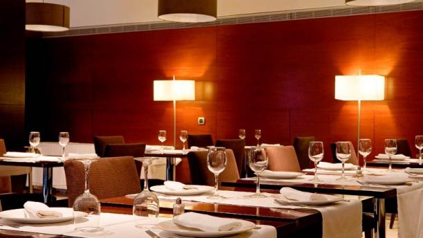 Marés - Hotel Zenit Borrell Vista Sala