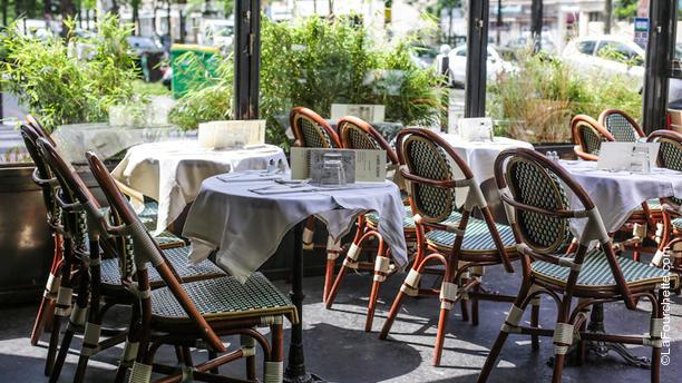 restaurant la m re lachaise paris 75020 p re lachaise m nilmontant avis menu et prix. Black Bedroom Furniture Sets. Home Design Ideas