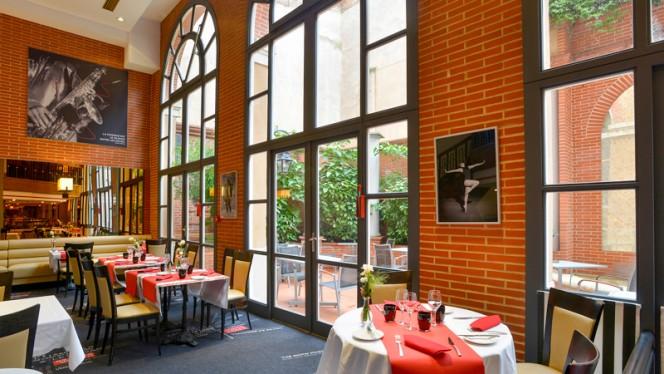7 du Plaza - Vue sur le patio - 7 du Plaza - Hôtel Crowne Plaza, Toulouse