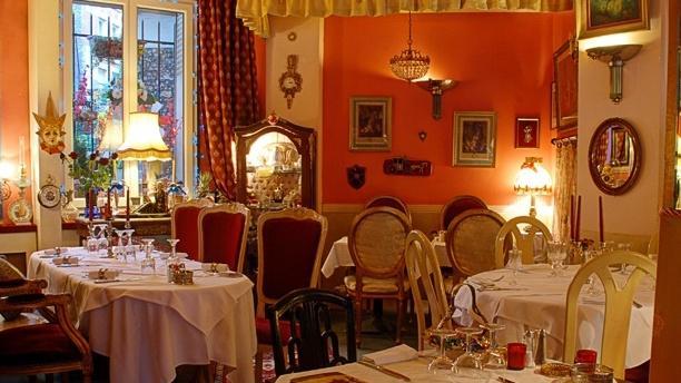 Bugatti Paris Restaurant