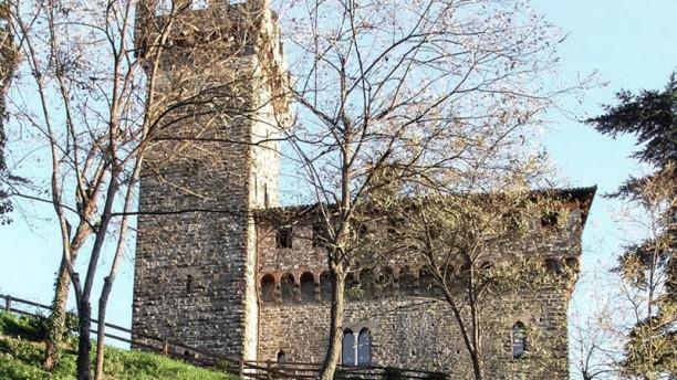 Castello di Trisobbio esterno