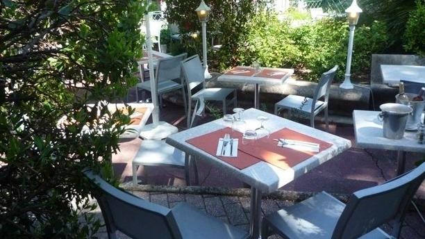 La Brasserie Tradition et Gourmandise Terrasse et jardin