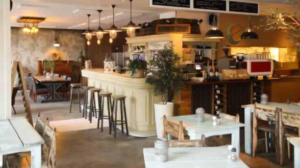 Grilled by me gusta Restaurant / Wijnbar