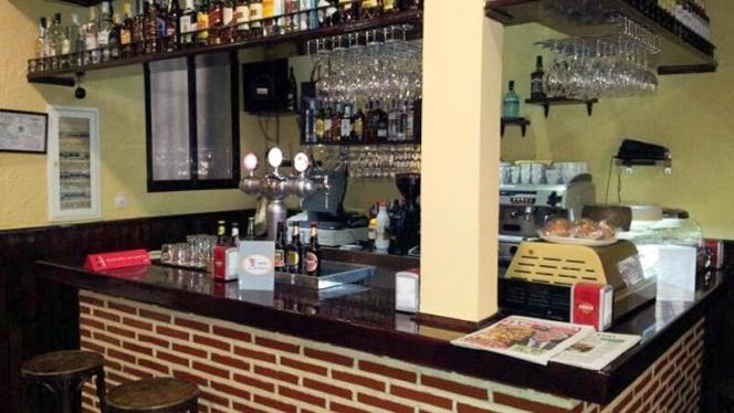 Vista bar - El Oso Cortés, Madrid