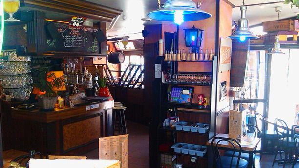 Le bar belge in maisons alfort restaurant reviews menu for Bar belge maison alfort