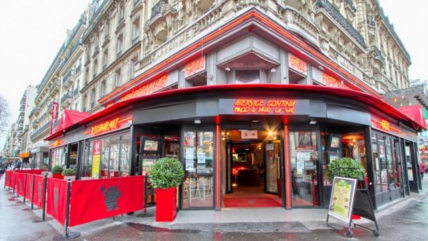 Hippopotamus Montparnasse Façade du restaurant