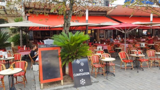Terrasse - La Taverne du Midi, Bordeaux