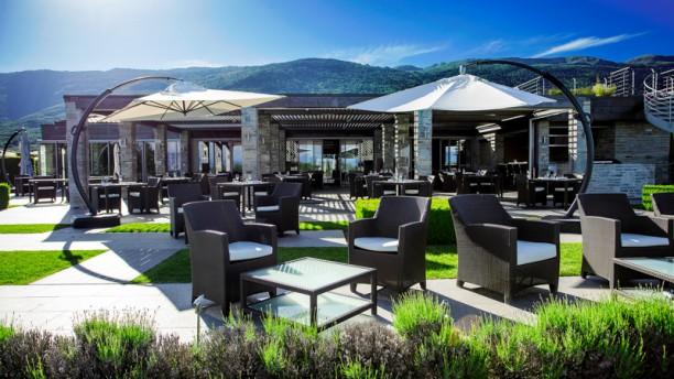 Restaurant shamwari jiva hill resort crozet 01170 for Le jardin jiva hill