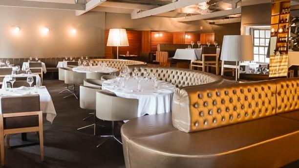 Crystal Club & Restaurant Sala