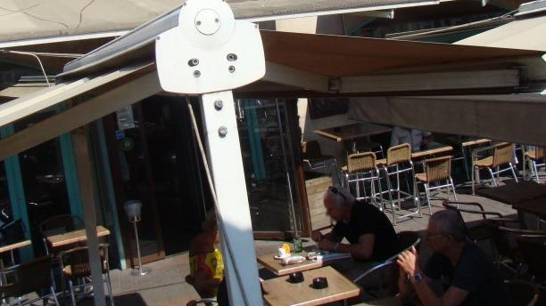 Brasserie La Rotonde Zoom sur la terrasse