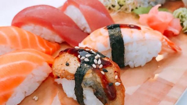 Yummy Sushi Sushi