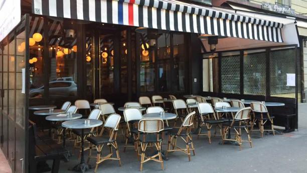 Manoir bistrot français Façade Manoir bistrot français