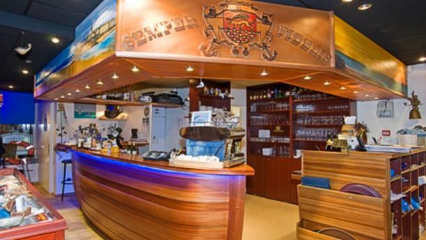 La Taverne de Saint-Malo Vue de la salle