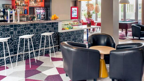 Le Puzzle- Hotel Mercure Bar Le Domino