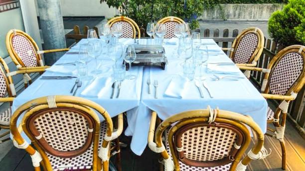 Café Laner - Chez Carla & Nuno Terrasse