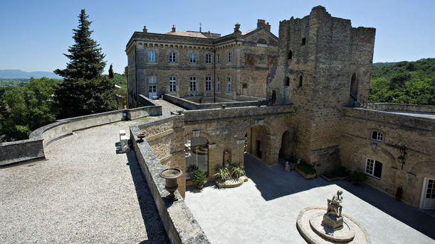 Chateau de Rochegude**** chateau