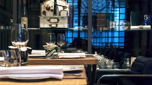 La Mère Brazier - Mathieu Viannay in Lyon - Restaurant Reviews, Menu ...