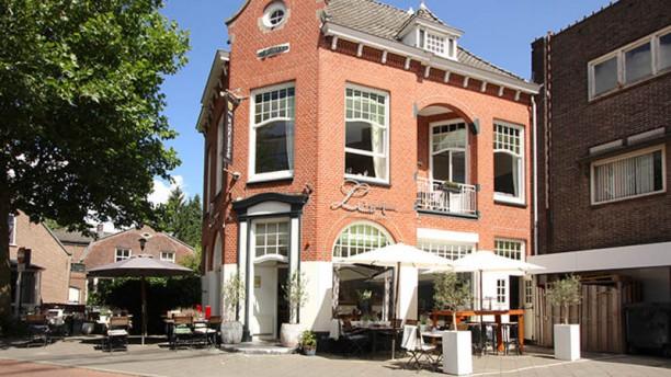 Lust Restaurant & Lounge ingang