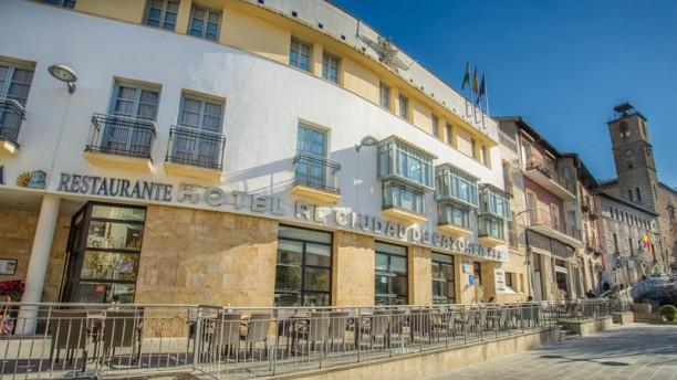 Ciudad de Cazorla - Hotel Restaurante Fachada