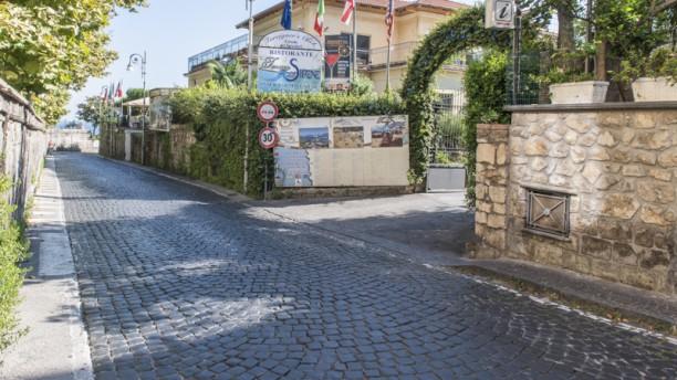 Ristorante Terrazza Delle Sirene In Sorrento Restaurant