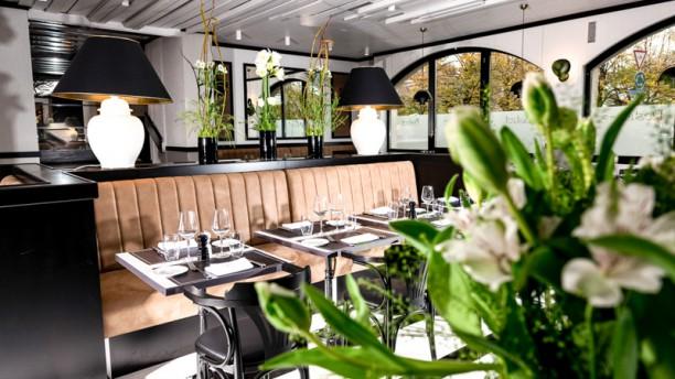 Auberge de Vandoeuvres Salle du restaurant
