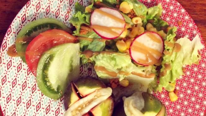Salade de Figues rôties, chèvre et miel - Le Pitchoun, Toulouse