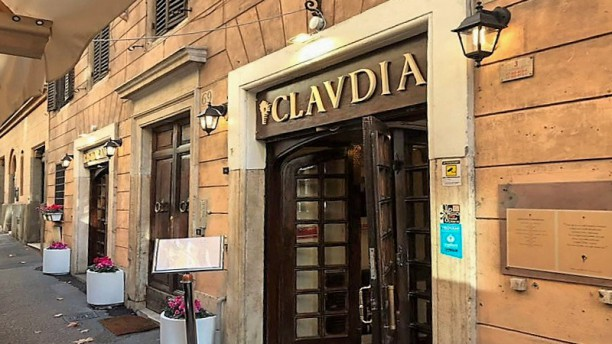 CLAVDIA Restaurant Entrata