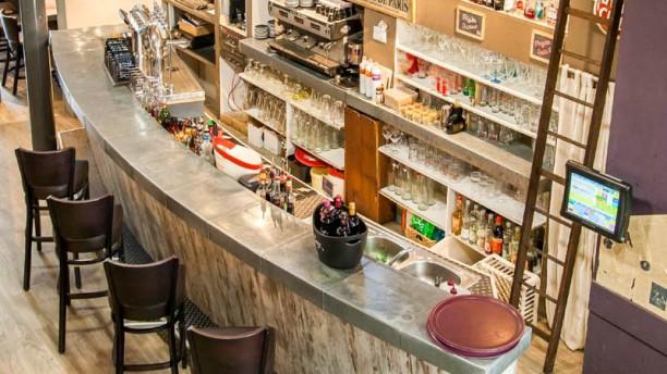 Café Populaire Salon du restaurant
