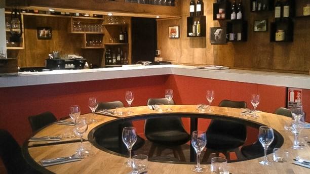 Le Cochon Gaulois Notre table d'hôte et le bar