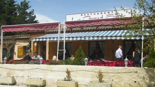 Le Grand Saule Restaurant
