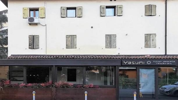 Yasumi Restaurant Facciata