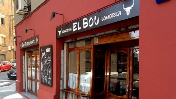 El Bou Lomoteca La entrada