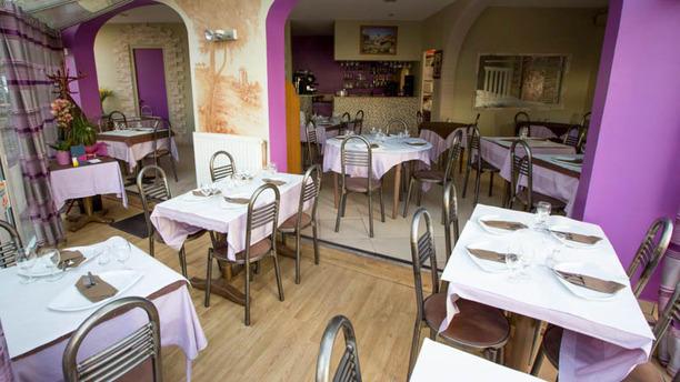 Restaurant la beyrouthine antony 92160 menu avis for Mobilier salle a diner