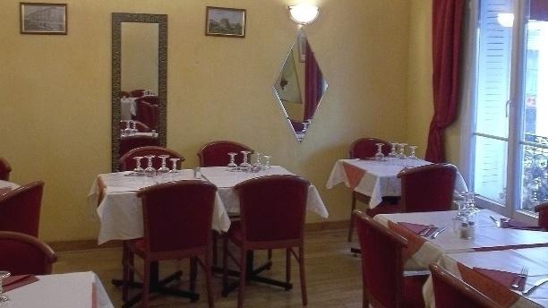 Le Méditerranée Salle du restaurant