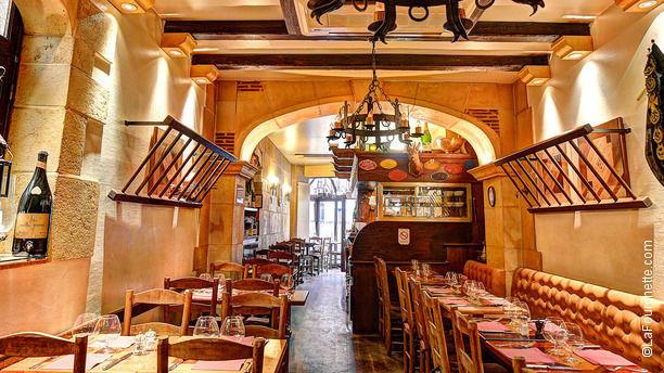 Restaurant le p 39 tit bougnat paris 75017 ternes porte maillot champs elys es menu avis - Restaurant el ward porte maillot ...