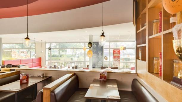 Pizza Hut Montigny Vue de la salle