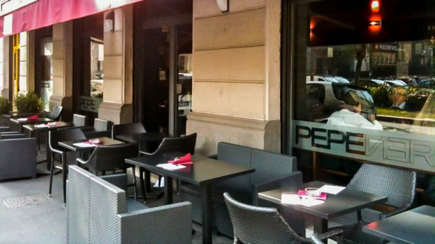 Pepe Nero In Milan Restaurant Reviews Menu And Prices