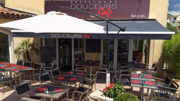 Douceur Café Terrasse
