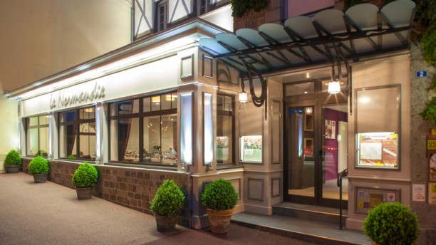 Hôtel-Restaurant Le Normandie Entrée