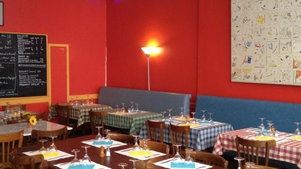 Les Tables Claudiennes Salle du restaurant