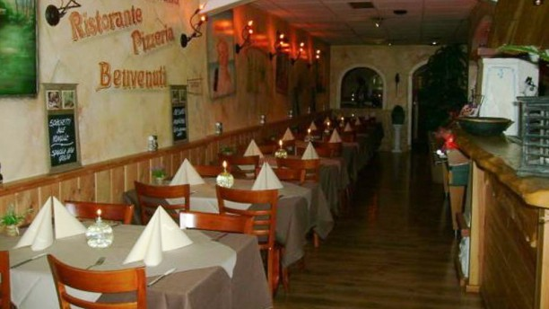 Trattoria Italiana Restaurant