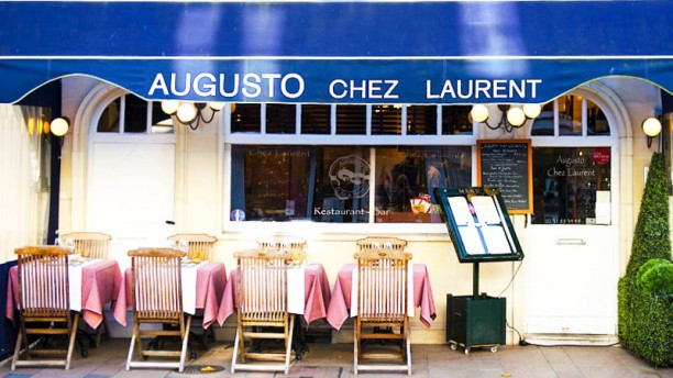 Augusto Chez Laurent Vue de la terrasse
